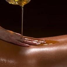 Abhyangam(Traditional ayurvedic massage)